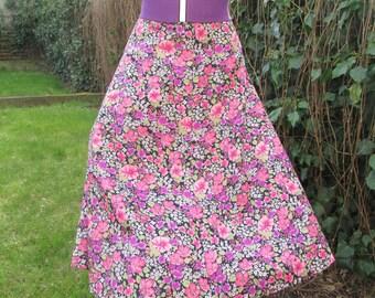 Nice Skirt Vintage / Size  EUR40 /42 / UK12 /14 / Floral