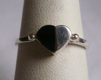 Sterling Silver Heart Ring-Size 6 1/8