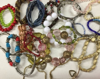 SALE! Bracelets Stretch Beads Vintage lot 784
