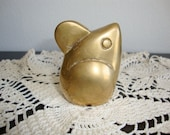 Vintage Brass  Mouse,  Mod Mouse,  Toy  Mouse, Brass Paper Weight, Child Toy, Home Deco, Brass Figurine