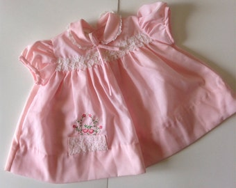 Gorgeous Vintage Baby Togs Dress (9 months)