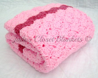 Crochet Baby Blanket, Baby Blanket, Crochet Pink Baby Blanket, Cotton Candy Pink with Raspbery, travel size