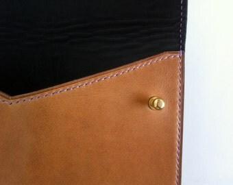 Medium Case: violet stitching