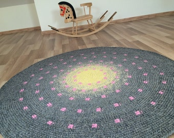 Beautiful hand crochet rug - yellow turning into grey, with lovely pink dots