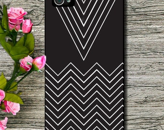 Phone Case - iPhone 6 - 6 Plus - 4/4S- 5/5S -5C Case - Black White Chevrons - Plastic, Rubber or Tough Case