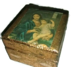 Small Florentine Box , Jesus and Mary , Christmas Ring Box , Gilt Wooden