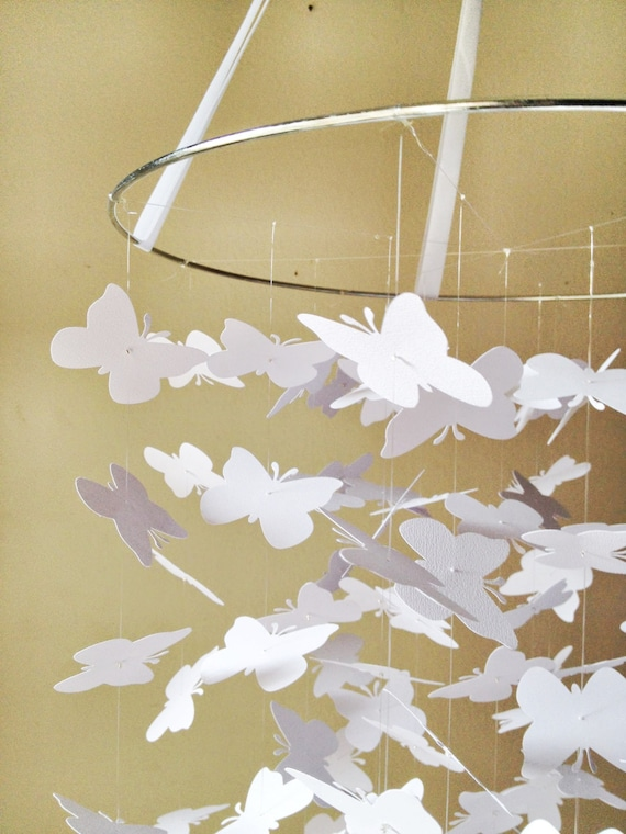 Whimsical White Butterfly Mobile / / / Nursery Decor, Photo Prop, Baby Shower Gift, Crib Mobile