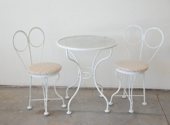 Vintage White Metal Childrens Ice Cream Parlor Table Amp Chairs