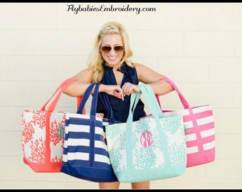 Personalized Canvas Beach Bag / Monogrammed Canvas Beach Bag / Pool Tote