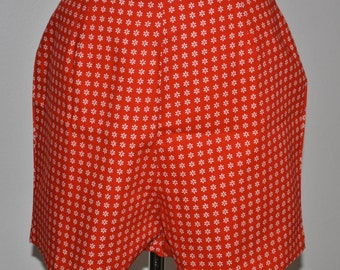 Vintage SHORT SHORTS 80's Hot Pants  Small RED with White Flowers