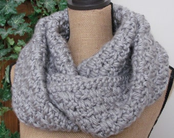 Super Chunky Super Soft Thick Crocheted Women or Man's Winter Grey/Sliver Grey Infinity Scarf - Lion Hometown USA Acrylic Yarn Dallas Grey