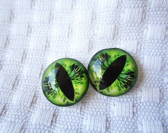 Glass eyes for jewelry- eyes for sculpture- green cat eyes