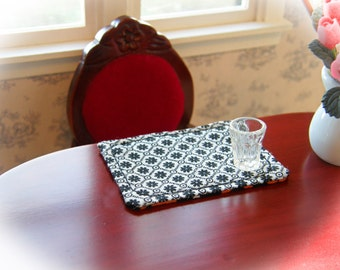 Dollhouse Miniature Reversible Placemats Set of 4, In 1:12 Scale - Black and White reverses to Halloween