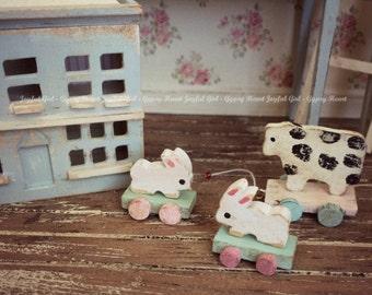 Dollhouse Miniature Shabby Nursery Toy Wooden Bunny 1:12 Mini