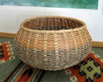 Spoked Basket with Sea Grass