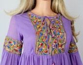 Sale - Vintage 1960's Rainbow Paisley Embroidered HiPPiE BoHo WooDsToCk Prairie Festival Maxi Dress Size S M