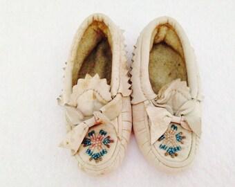 Darling Vintage Baby Leather Moccasins