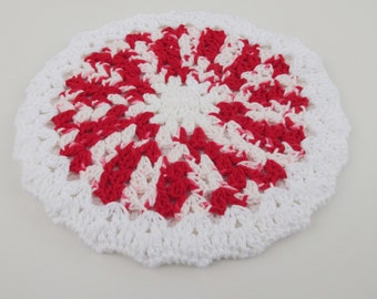 Crochet Round Hot Pad in Variegated Red and White