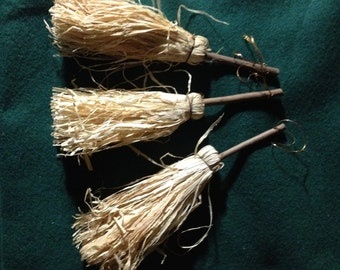 Raffia/straw brooms with wood handles for crafting