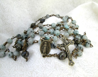 Green Miraculous Medal Vintage Style Wire Wrapped Rosary (CL004)