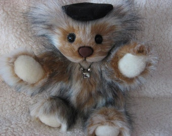 "Bailey, 11.5"" OOAK Bear by Spring Blossom Bears and Bunnies"