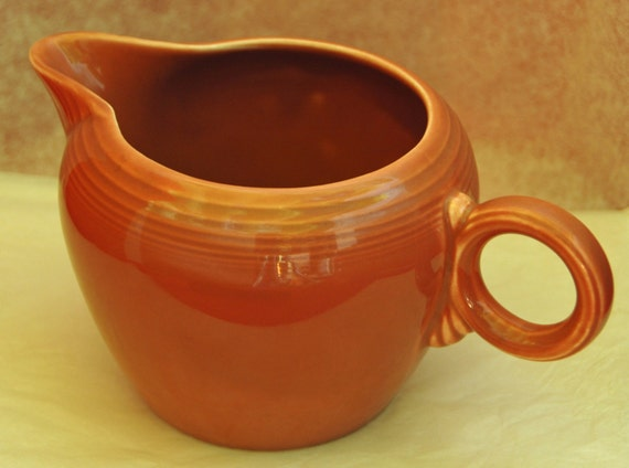 Scarce Vintage Authentic FIESTAWARE 2 PINT JUG Pottery, Original 50s Rose Glaze Ca 1951-'59 Iconic Ring Handle is Showcased, Marked in Mold
