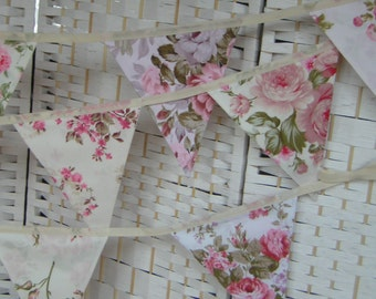 Vintage English roses, floral wedding bunting, banner. Per metre. Pennants, garden party decor, photo prop. Shabby chic, large flags.