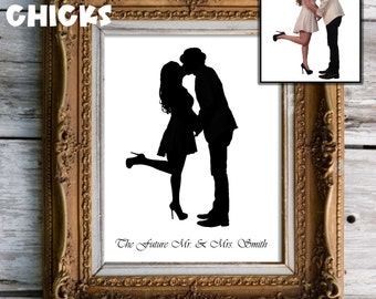 Custom ENGAGEMENT Portrait Silhouette Couple Papercutting (Name and Size options including OVERSIZED)