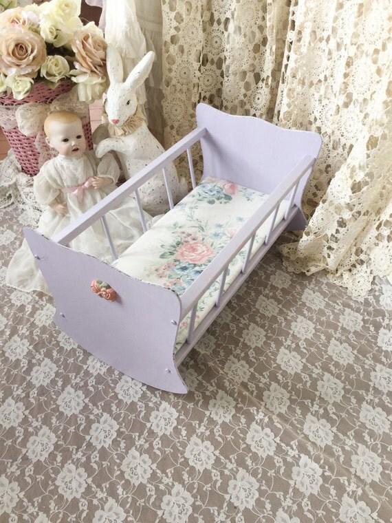 vintage poup e lit berceau berceau de poup e jouets. Black Bedroom Furniture Sets. Home Design Ideas