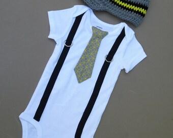 Baby Boy Bodysuit with Suspender and Hat, Baby Suspender and Hat, Baby Boy Suspender, Baby Boy Outfit, Baby Boy Tie