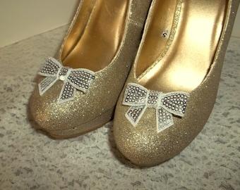 Shoe Clips,  Silver Sequins, Satin Bow shoe clips, wedding shoes clips, sequins, little bows, clips for shoes, heels, pumps, wedge,  shoes