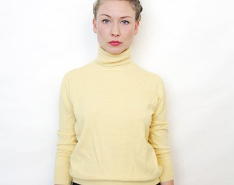 Vintage Unisex Mellow Yellow Knit Turtle Neck Sweater