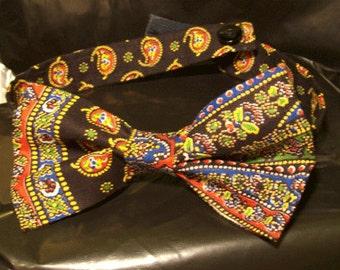 Men's Pre-Tied Bow Tie, Paisley Bow Tie