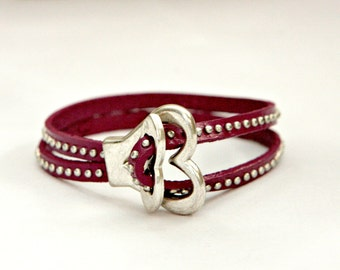 Women studded leather cuff bracelet with heart shape toggle clasp