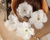 Wedding Flower Hair Pins, Rustic Flower Bobby Pins, Wedding Hair Flowers, White Bridal Hair Pieces, Woodland Hair Accessories, Hair Clips