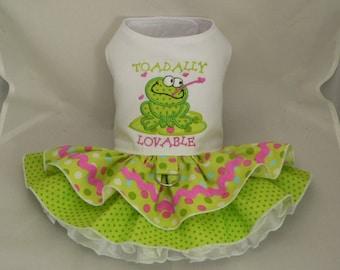 Dog dress. Toad by Poshdog. Tutu skirt.