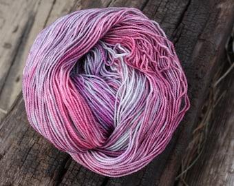 Superwash Merino & Nylon Sock Yarn in Powder Puff