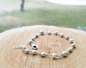 Pearl Bracelet - Sterling Silver Pearl Bracelet - Gold Pearl Bracelet - Everyday Jewelry - Mother's Gift/ Bridesmaid Gift/ Wedding Jewelry
