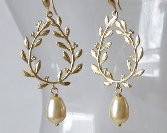 Gold Laurel Wreath Earrings with Matching Pale Yellow Pearls