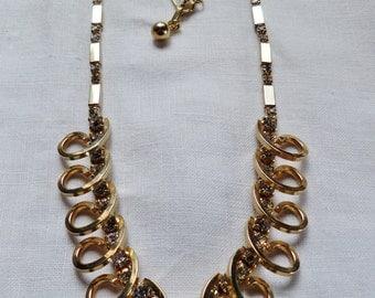 Vintage Rhinestone Necklace Unique Gold Tone Chain