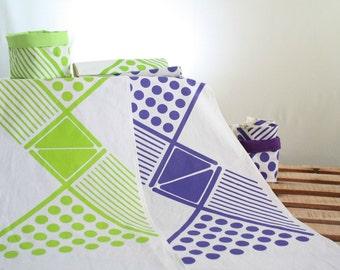 Geometric table runners Lime Green or Purple hand printed - Cotton table runners - Screen printed dots - Modern geometric design handmade