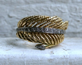 Retro 14K Yellow Gold Diamond Feather Ring Wedding Band with Diamonds- 0.24ct.