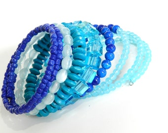 MeMoRy WiRe BraCeleT - Made of plastic.