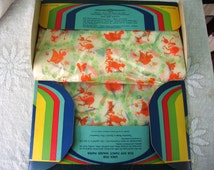 Vintage Deco Novelty Printed Waxed Paper Dated 1931 Boxed Kitchen Accessory or Picnic Sandwich Wrap Fancy KVP Paper 38 Sheets