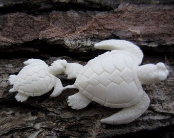 Carved Bone  Sea turtle Family ,Totem , Buffalo bone carving, Jewelry making supplies S4942
