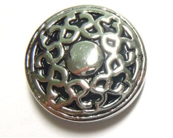 1 PC 18MM Flourish Silver Candy Snap Charm Limited Edition CC0051