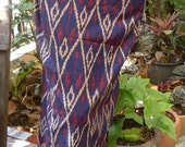 man's sarong blue and burgundy U1B