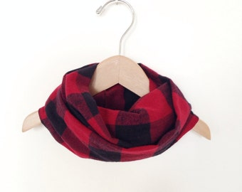 Kids Infinity Circular Scarf  / Red and Black Buffalo Plaid Cotton Flannel / Fits 2T to 6 years