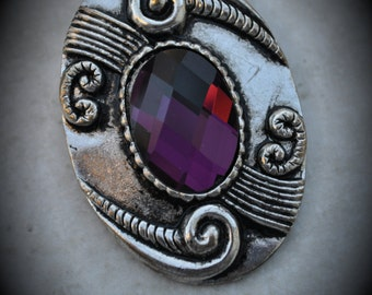 Silver Oval Pendant With Purple Crystal