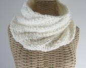 Hand Knit Cream Cowl - Chunky Yarn Cowl - Warm - Ivory Vegan Scarf - Womans Fashion Accessory